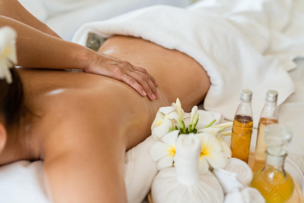 Aromaterapia massaggio