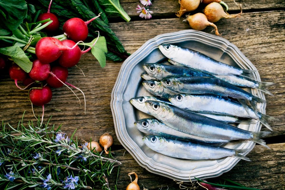 Dieta per l'acne sardine