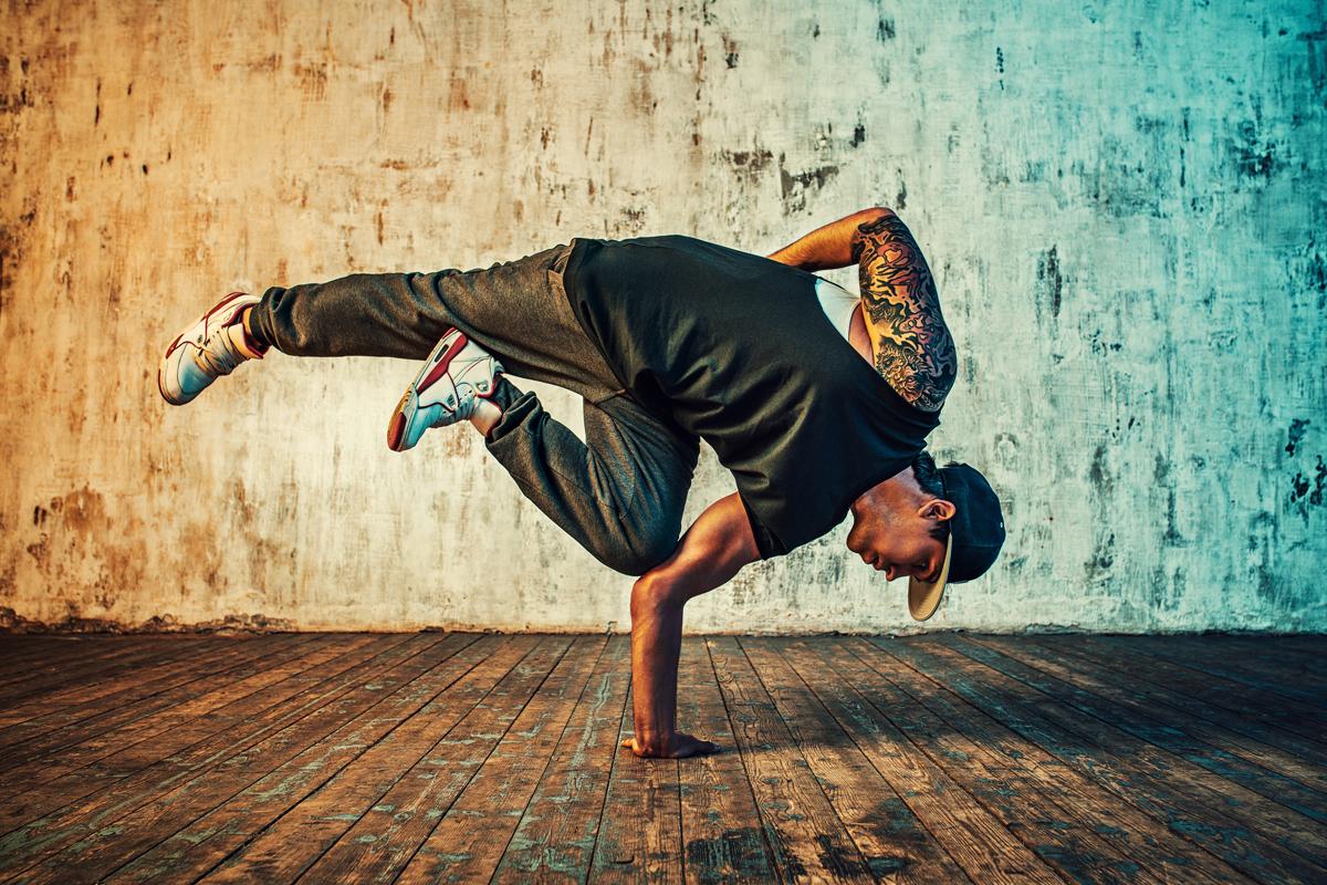 L'hip hop è una disciplina sportiva che può essere praticata da tutti senza limiti di età e sesso