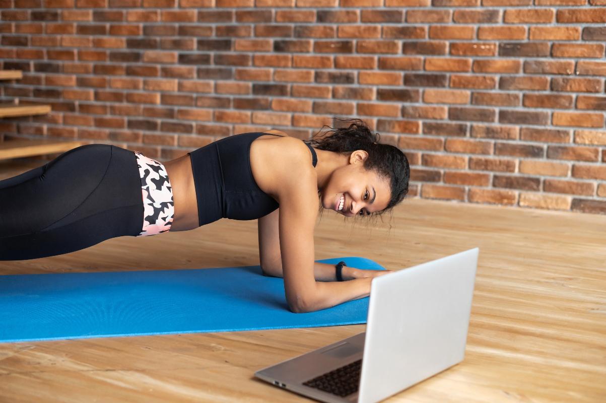 aerobica per bruciare grassi: 3 video lezione