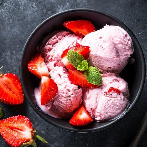 Gelato alla fragola: un dessert facile e veloce