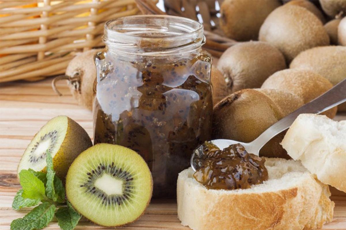 Marmellata fatta in casa: marmellata di kiwi e pera