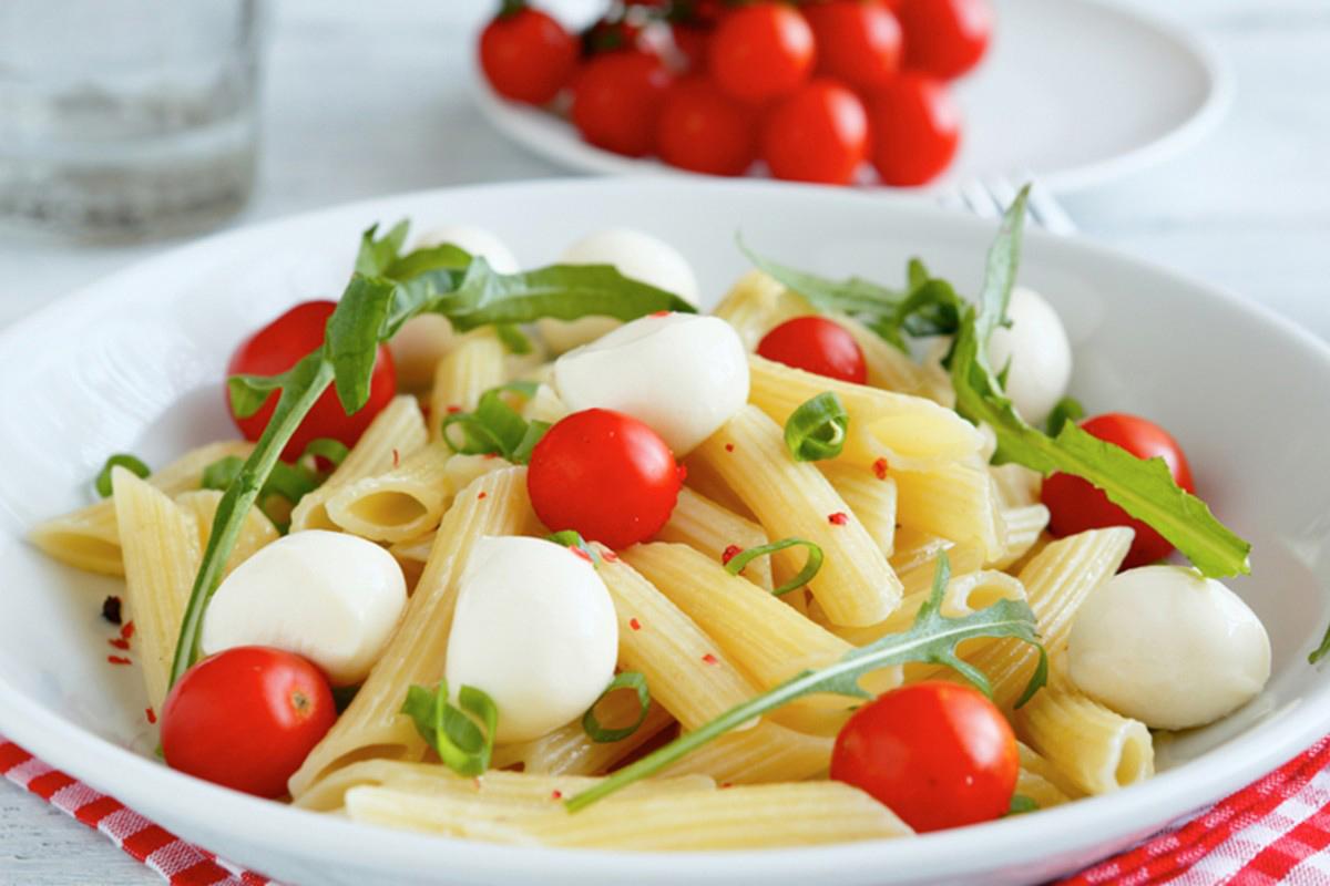 Ricette con mozzarella: pasta pomodoro e mozzarella