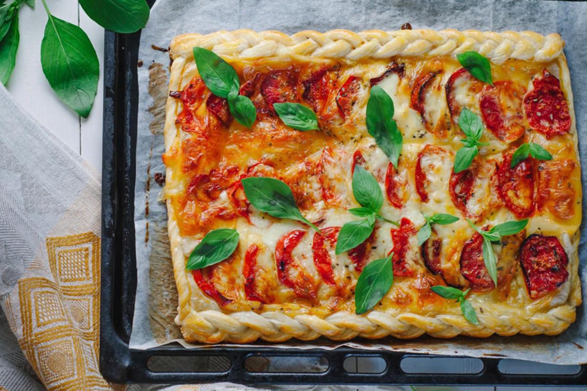 ricette con la mozzarella : Torta salata pomodoro e mozzarella
