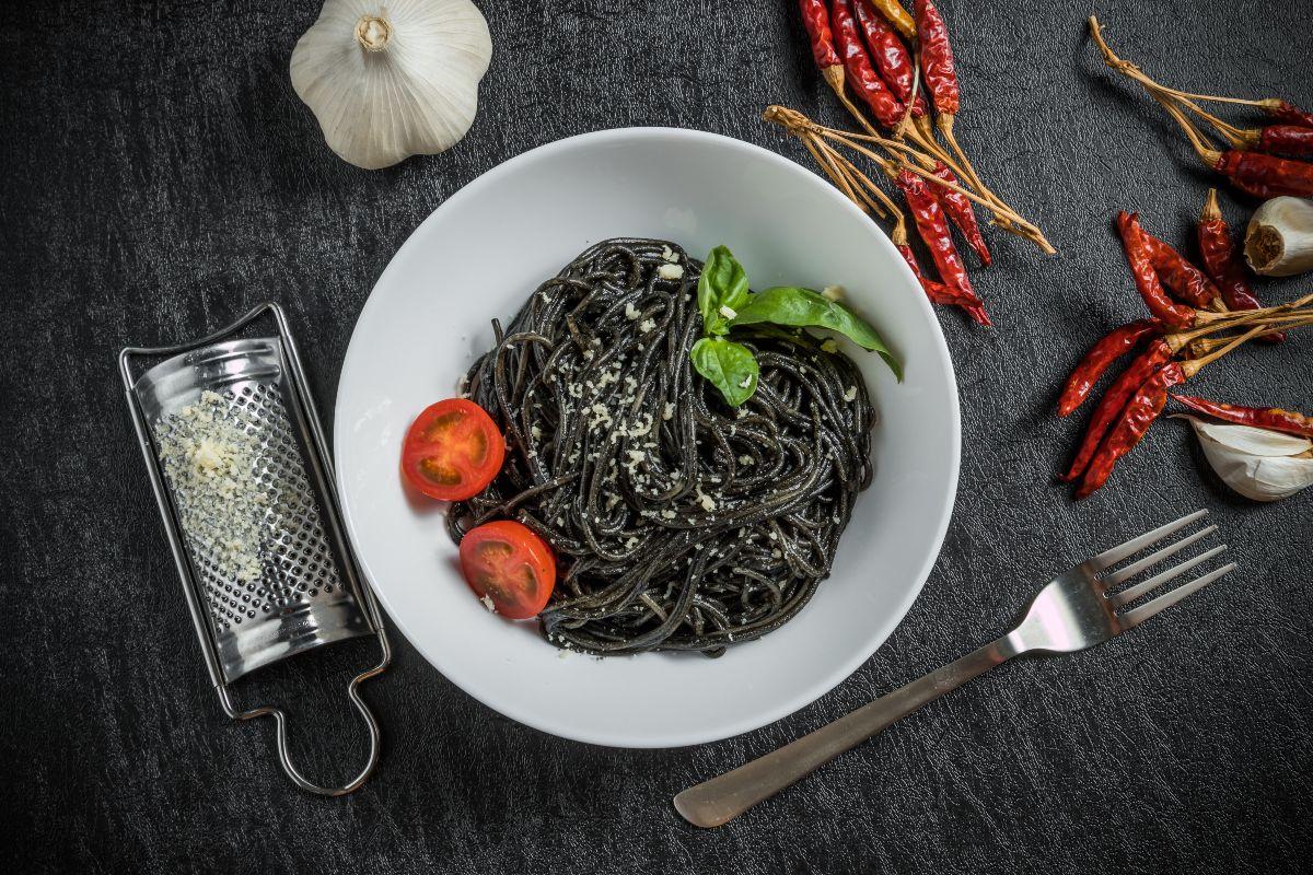 spaghetti al nero di seppia ricetta