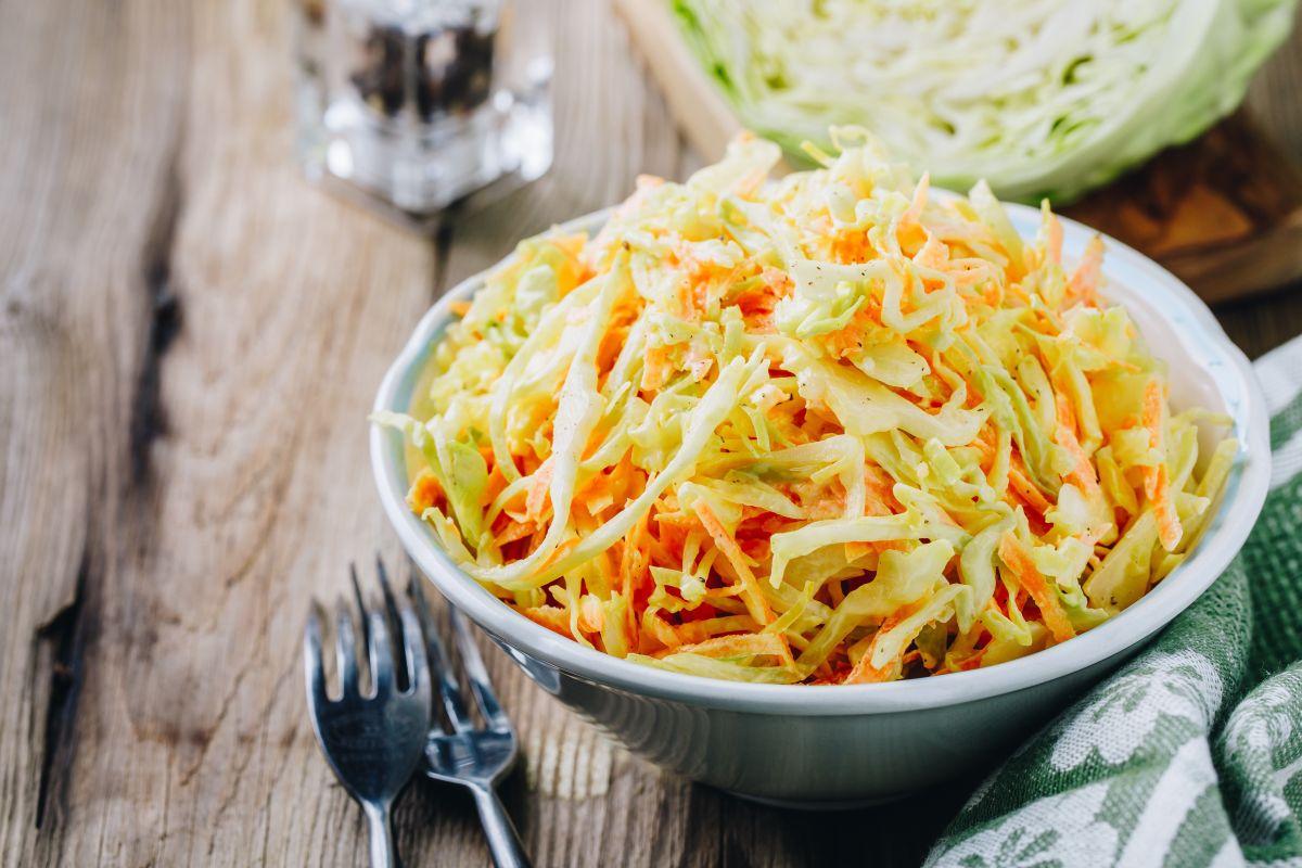 Coleslaw: insalata di cavolo e carota