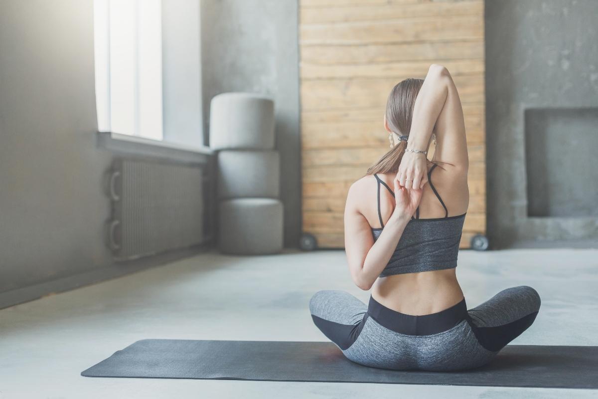 esercizi per le braccia: stretching