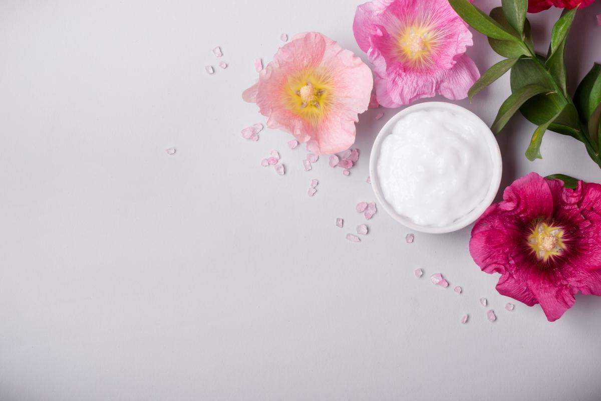 malva: benefici per la pelle