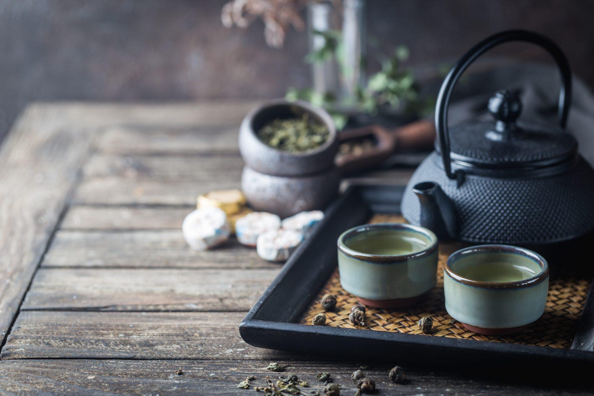 cibi brucia grassi: tè verde