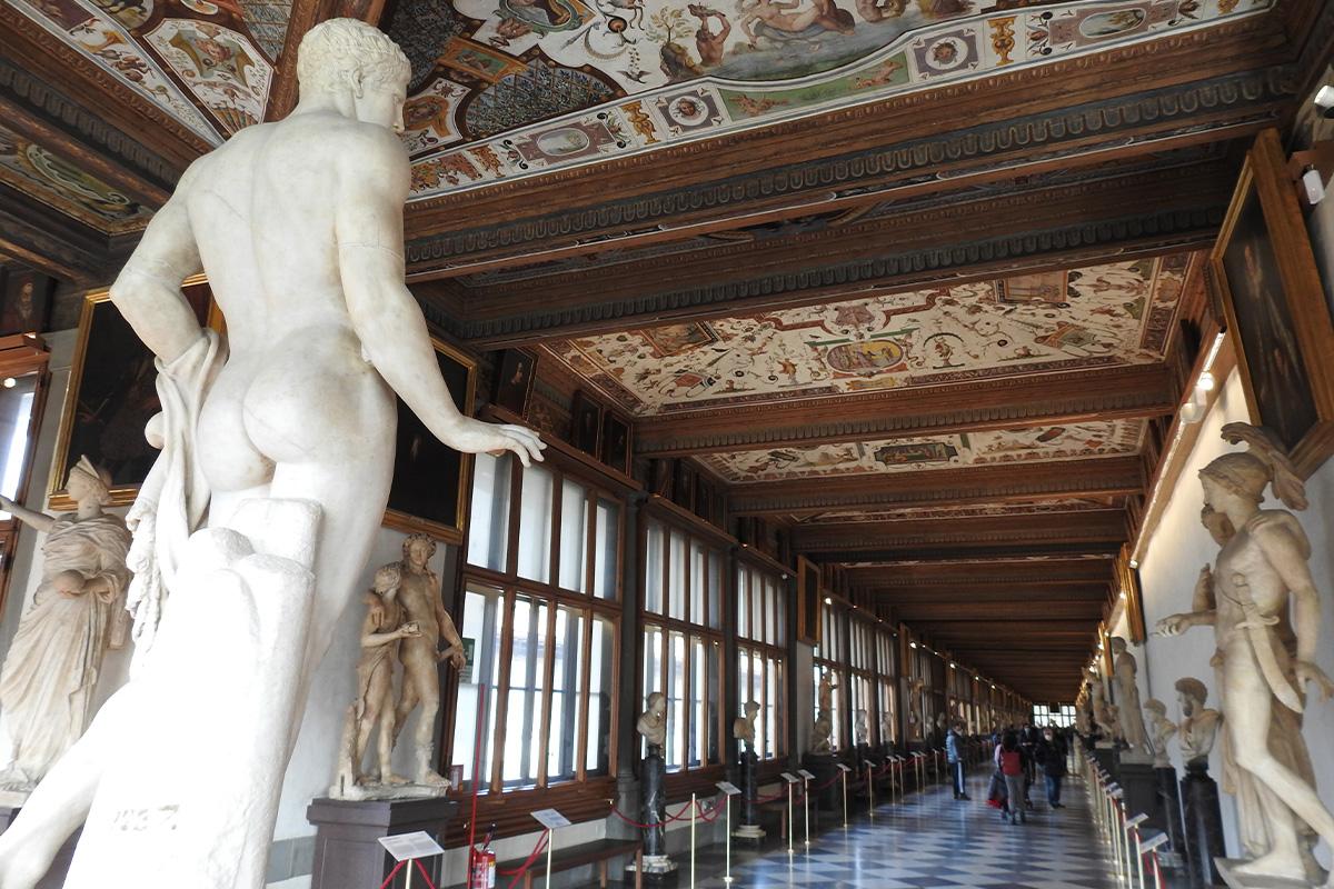 Alla scoperta di Firenze: corridoio degli Uffici