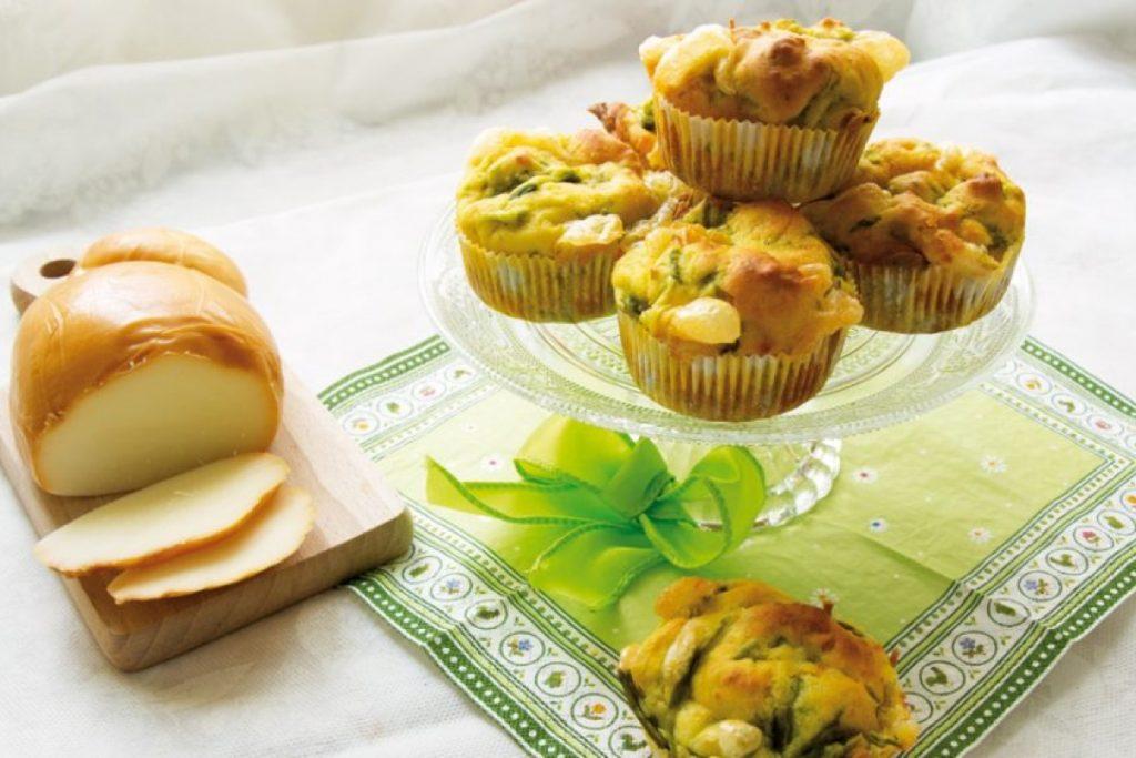 muffin salati con asparagi