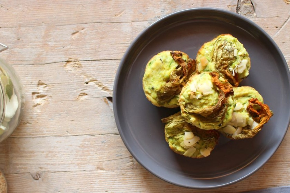 muffin salati con zucchine e olive nere