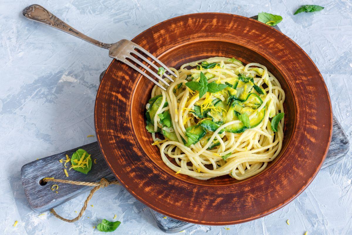 Pasta con zucchine: facile da fare