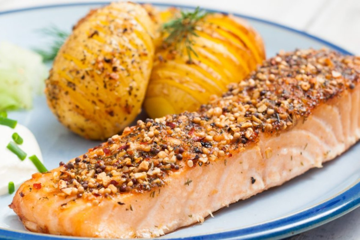 Ricette con il salmone: in crosta di semi di papavero