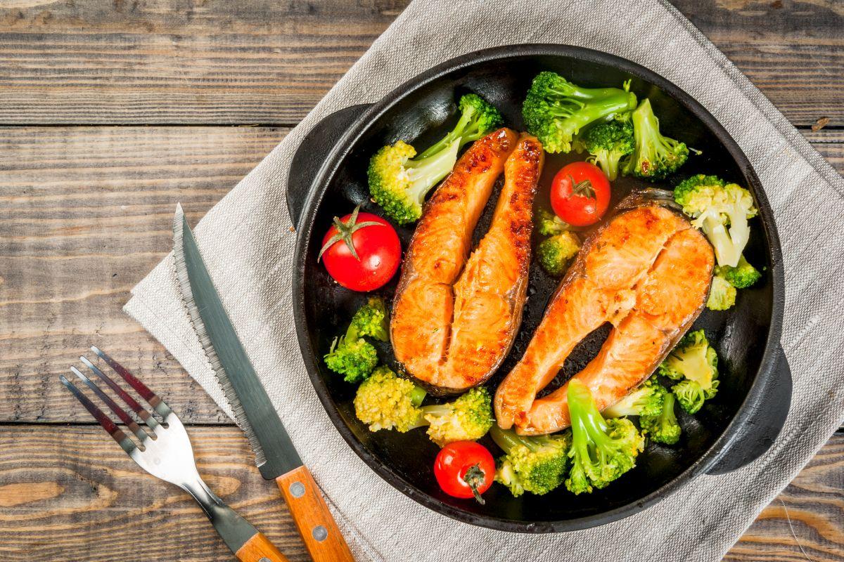 Salmone in padella: semplice e gustoso