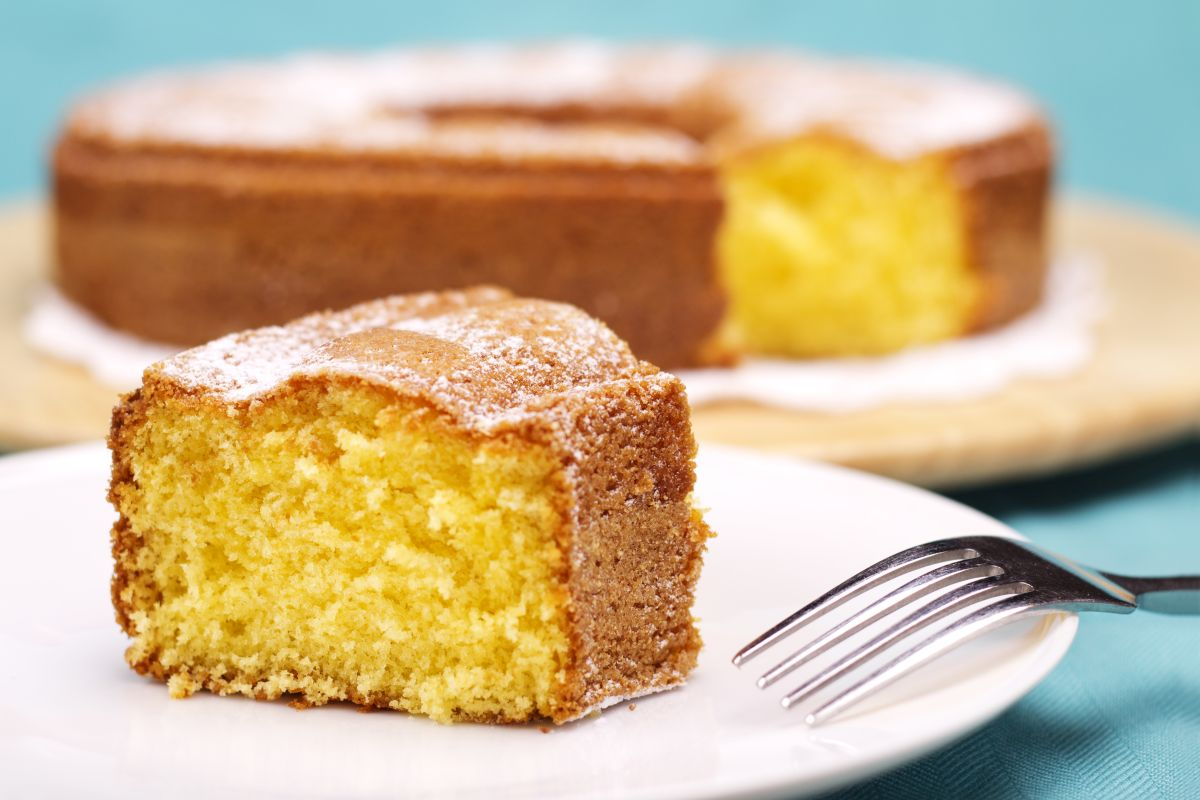 Torta al limone: per una colazione ricca