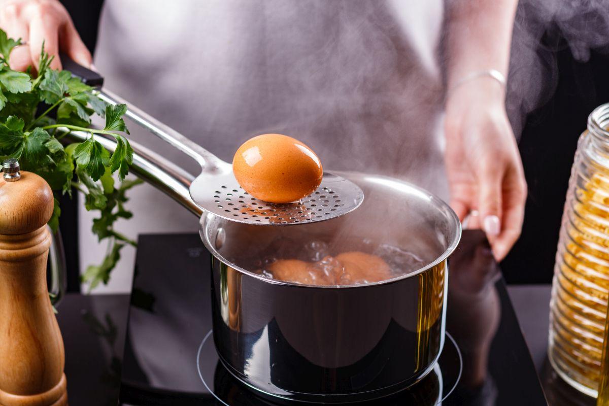 Uova sode: come cuocerle alla perfezione