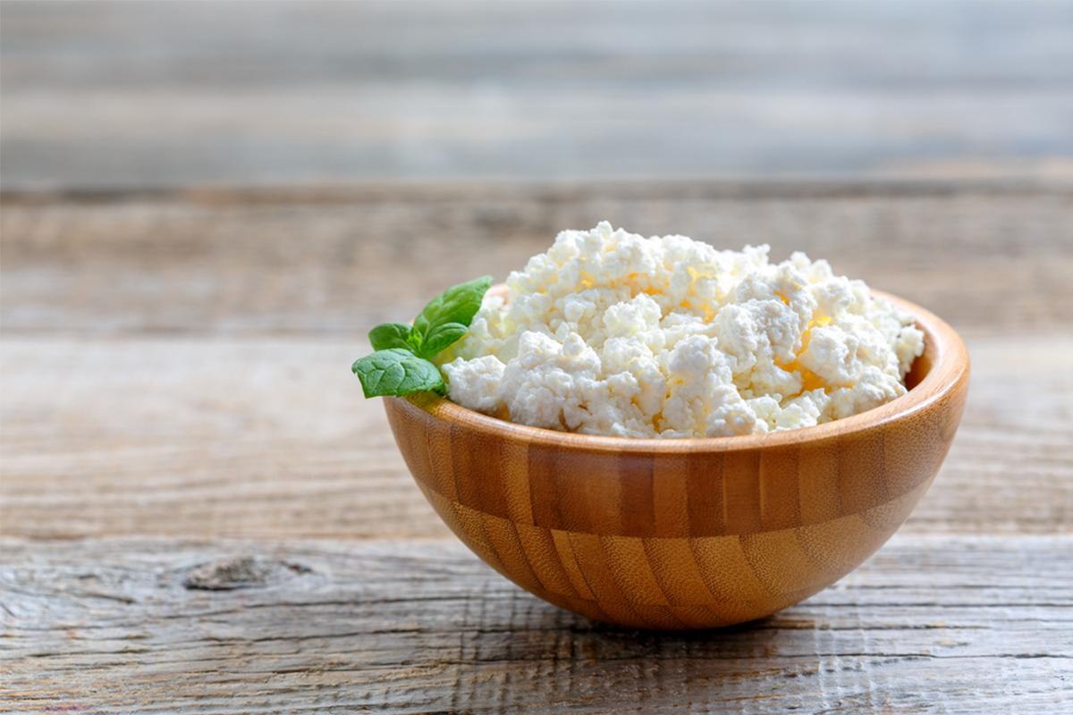 Alimenti con meno di 120 calorie: fiocchi di latte