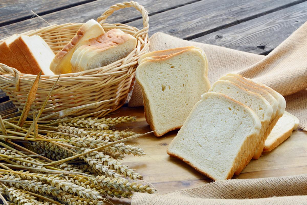 Alimenti con meno di 120 calorie: pane bianco