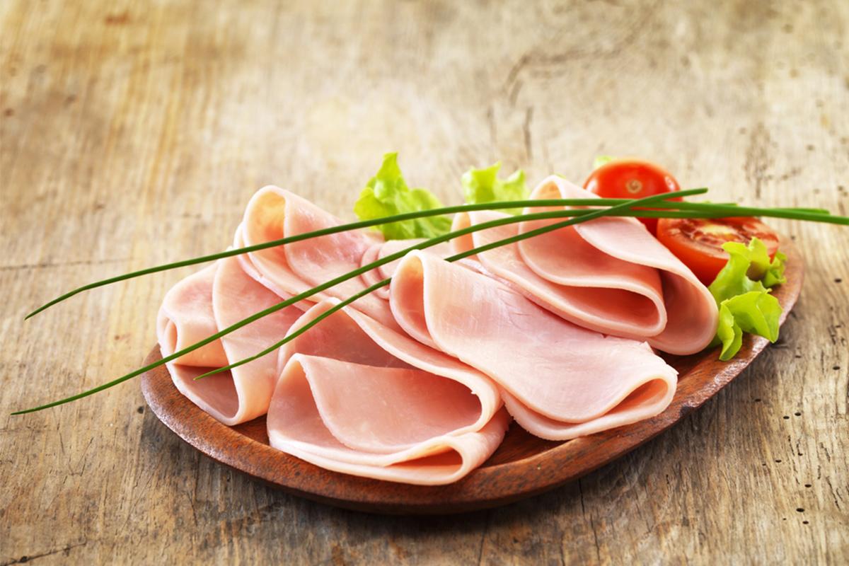 Alimenti con meno di 120 calorie: prosciutto cotto
