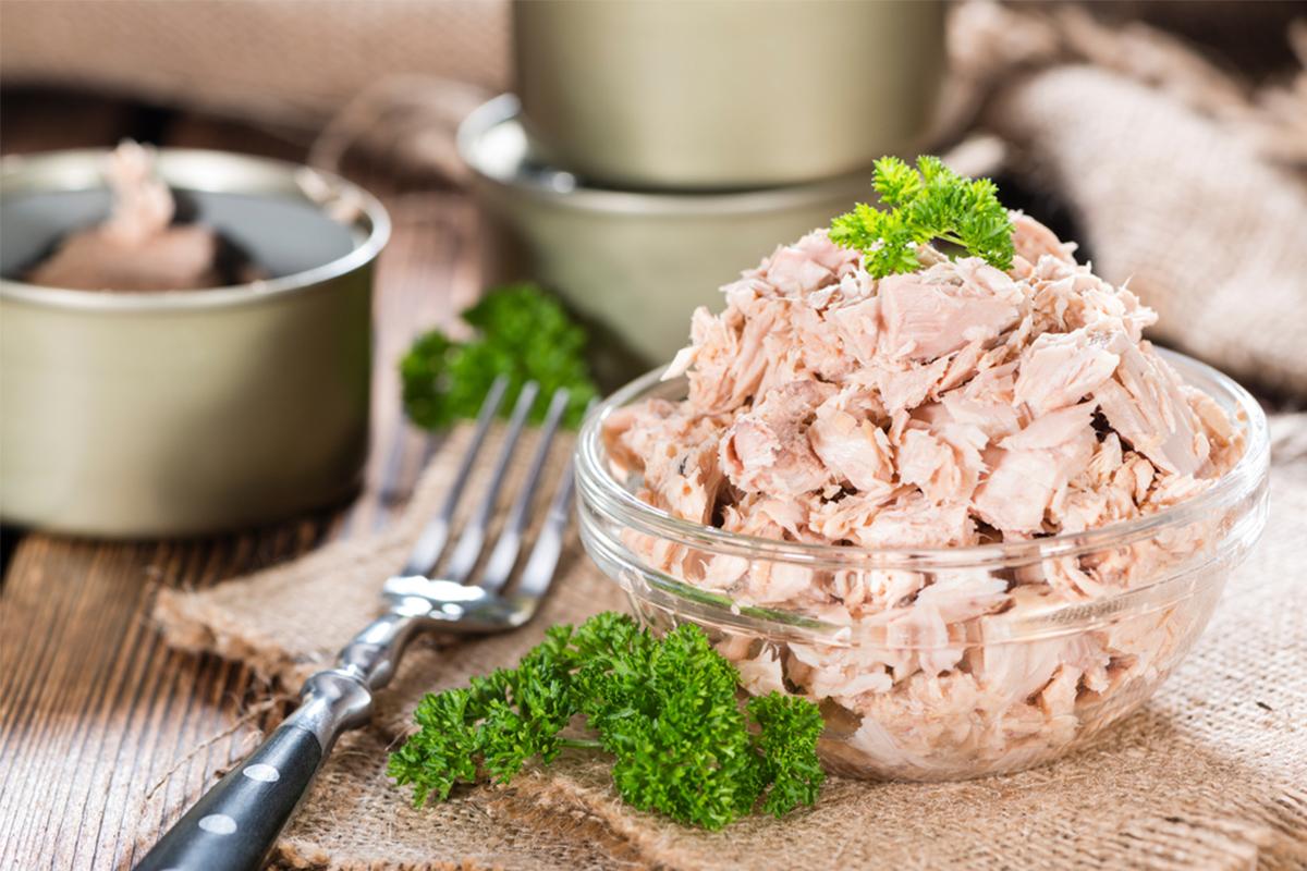 Alimenti con meno di 120 calorie: tonno