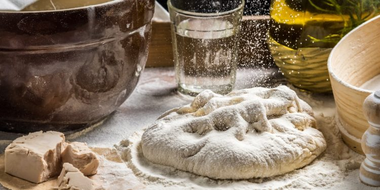 farina di manitoba: cos'è, valori nutrizionali, differenze con altre farine e usi in cucina