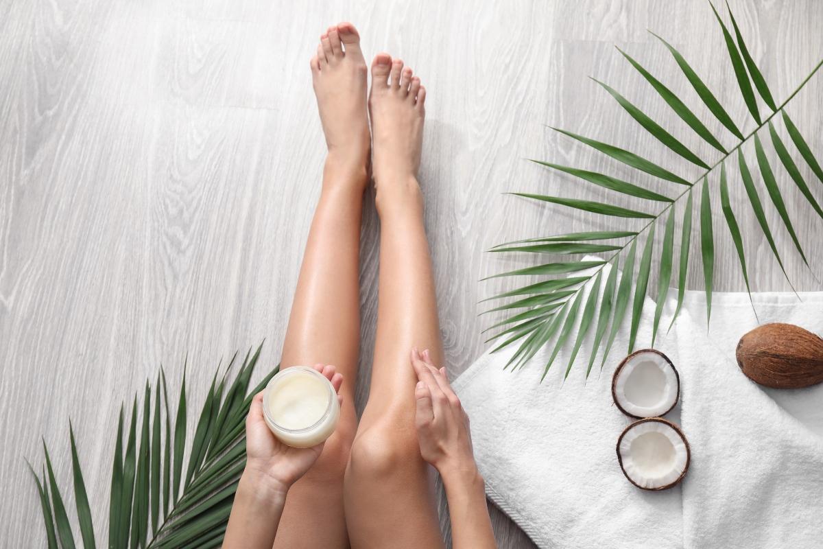 olio di cocco: benefici per la pelle