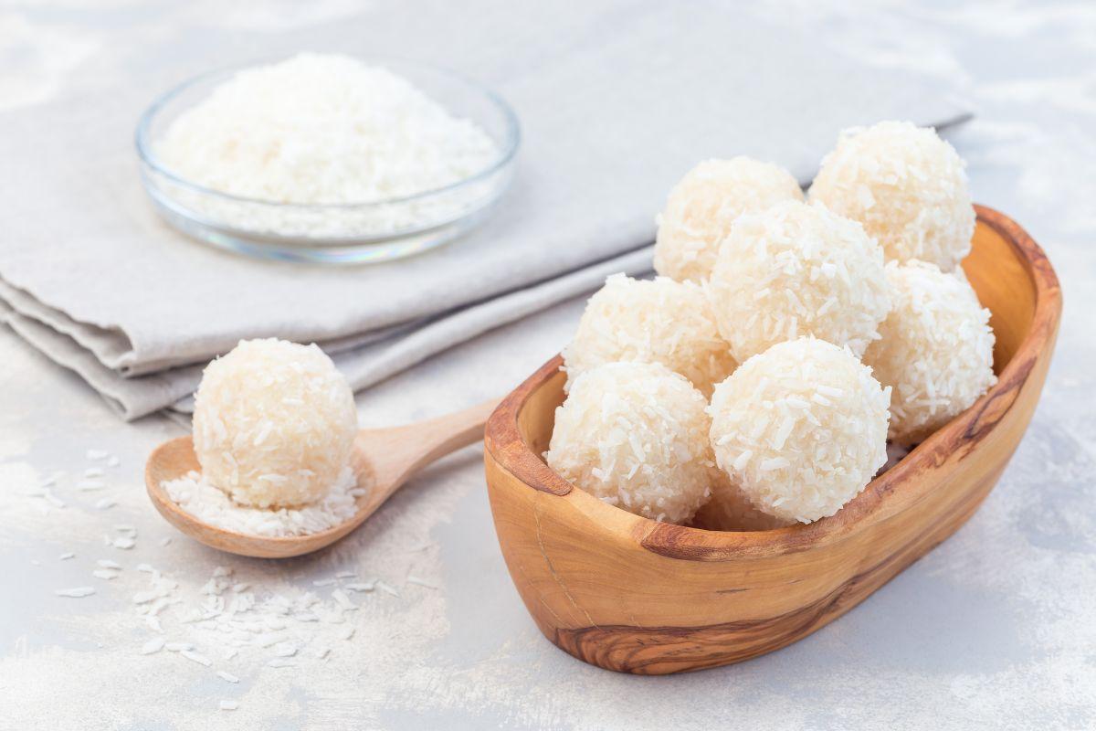 Palline di cocco: piccole dolcezze