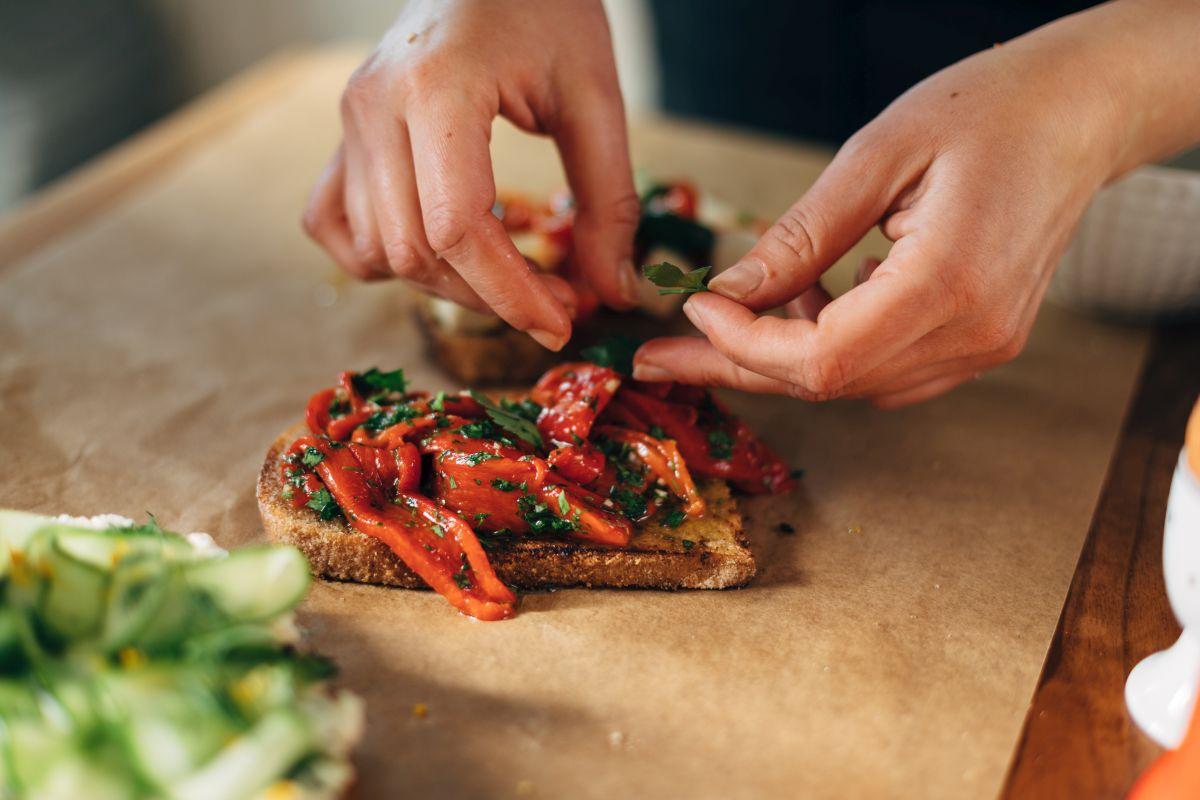 peperoni al forno: provali sulla bruschetta