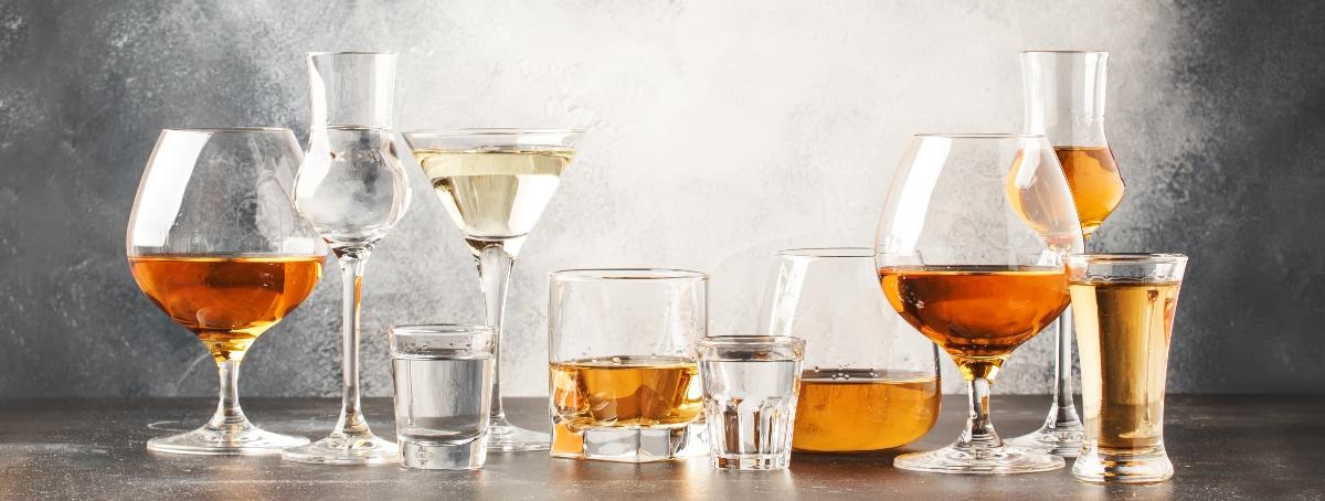 alcolismo: quanto alcol al giorno