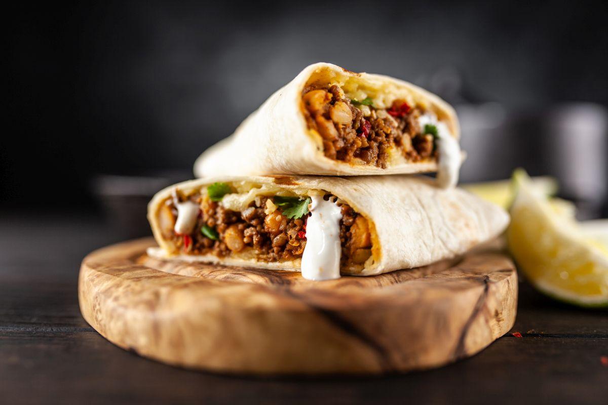 Burritos: deliziosi rotoli con carne e fagioli