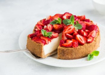 Cheesecake alle fragole: fresca e golosa