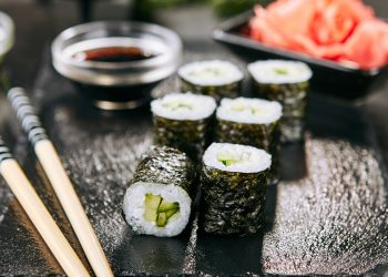 hosomaki: ricetta del sushi fatto in casa