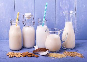 latte vegetale: cos'è, benefici, quali sono