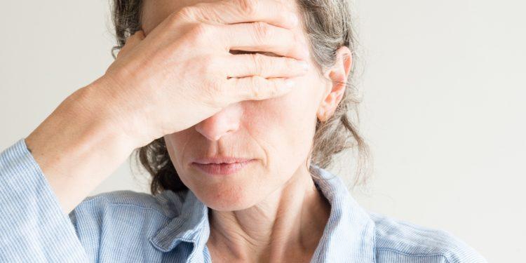 Maculopatia: cos'è, cause, sintomi, cure e trattamenti