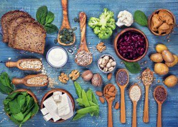 proteine vegetali: cosa sono, alimenti ricchi, benefici e controindicazioni