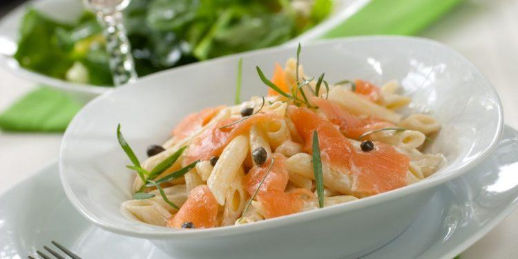 Pasta al salmone: un primo classico