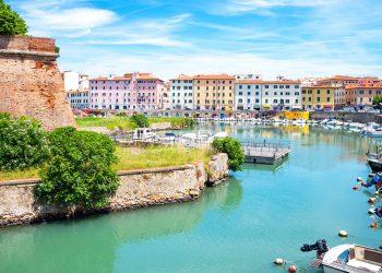 Alla scoperta di Livorno canali e santuario