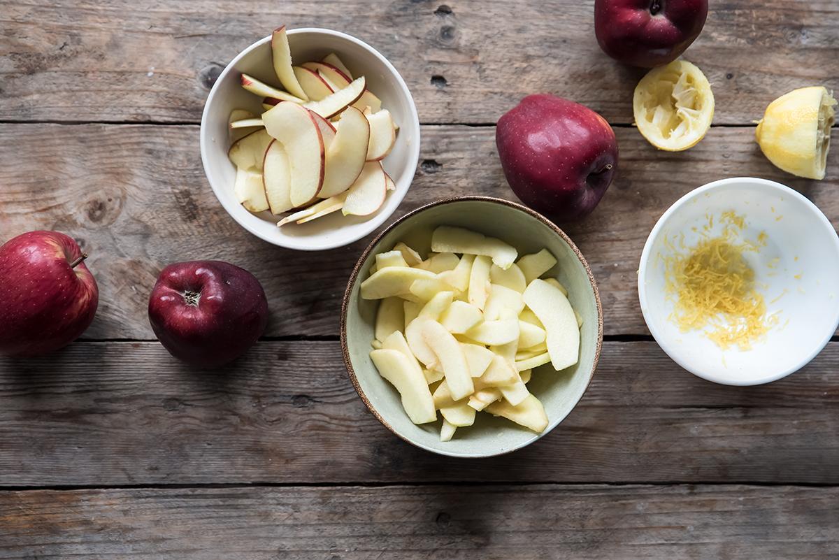 torta di mele preparazione