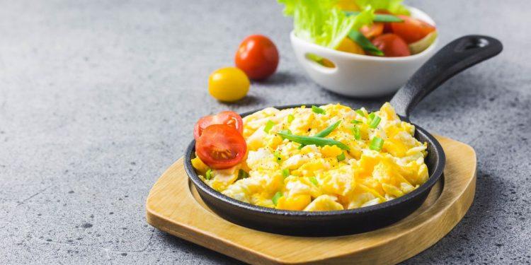 Uova strapazzate, un classico della colazione americana